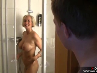 Milf s cought on real hidden cams