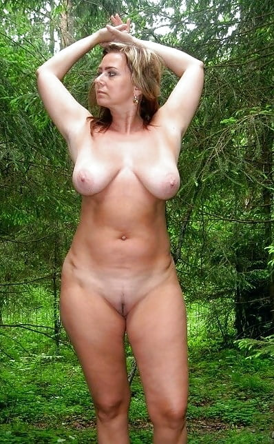 nude girls in groups