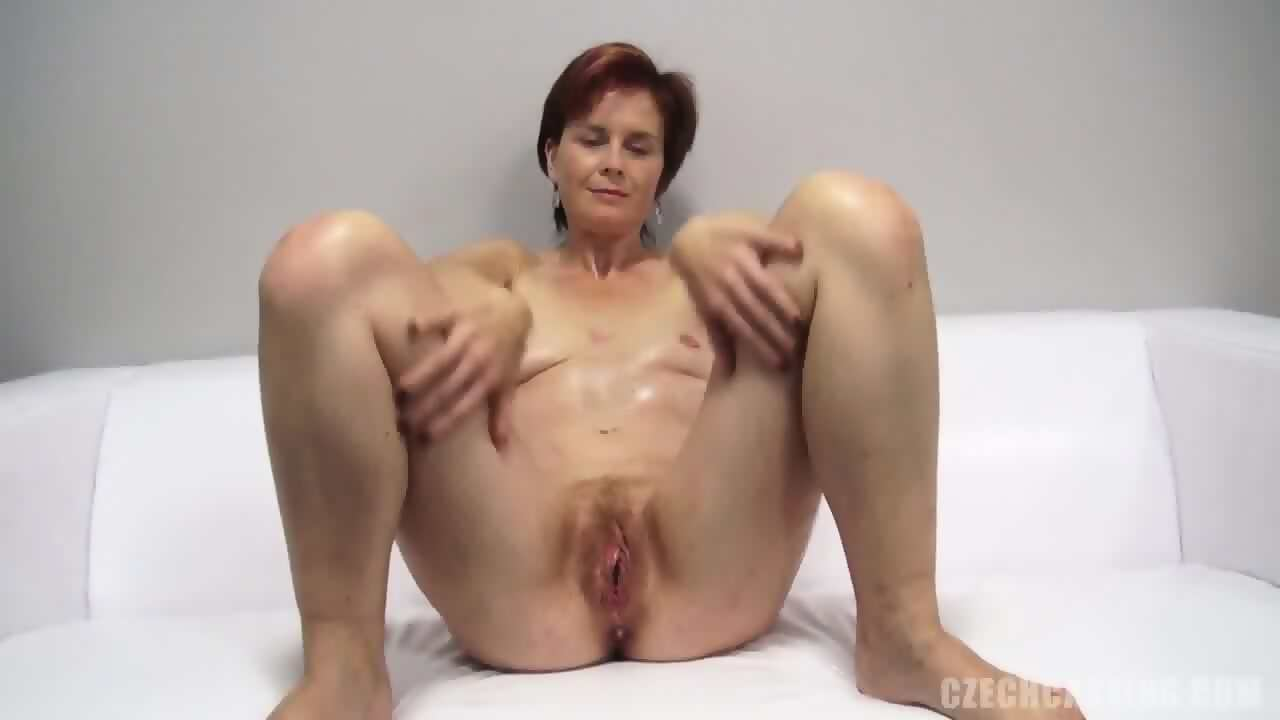 naked hairy pregnant women pussy image
