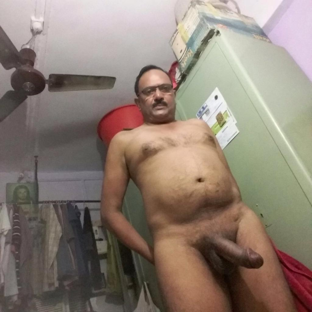 pictures of naked men massage
