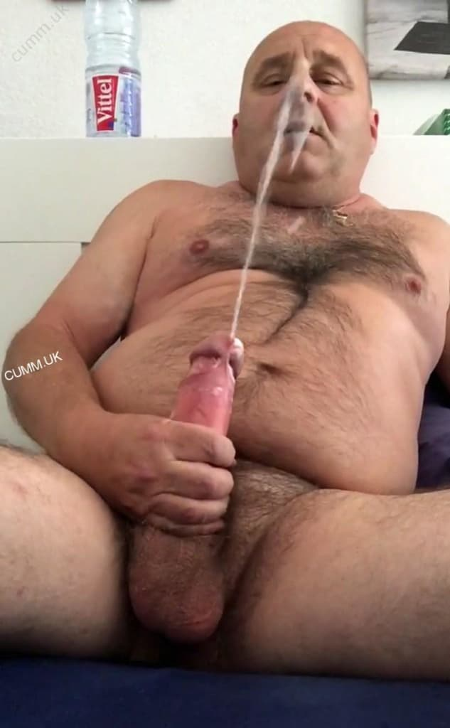 panty down shaved pussy